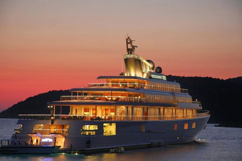 the-rising-sun-expensive-yacht
